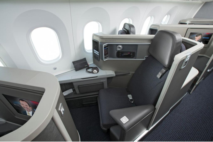 American Airlines Boeing 787-8 Dreamliner Business Class Seats Photos