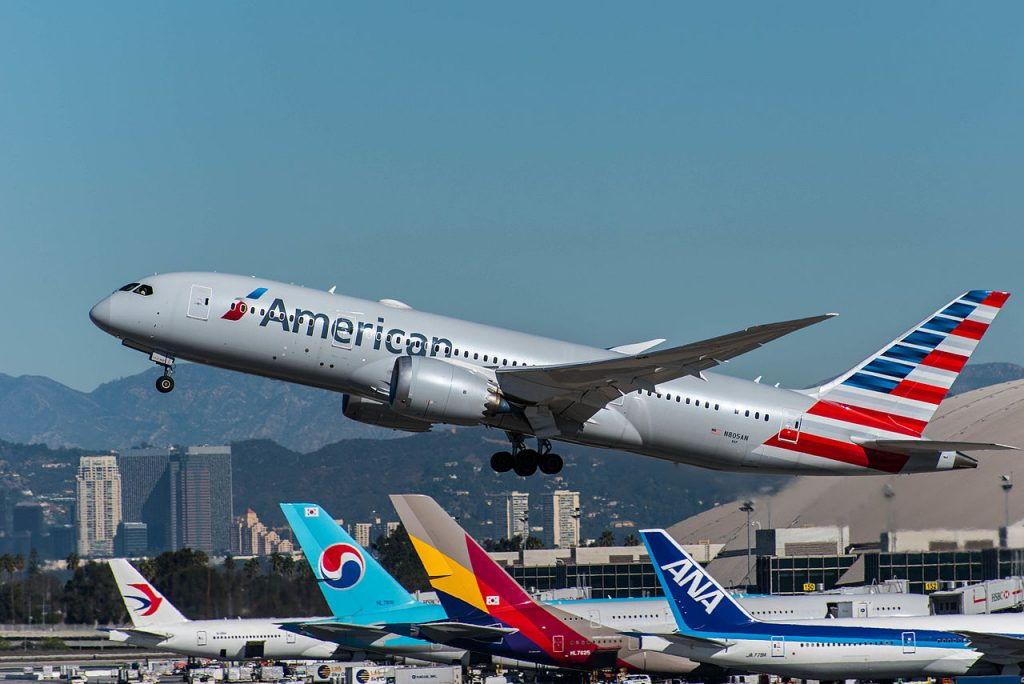 American Airlines Boeing 787-8 Dreamliner (N805AN) at LAX Airport