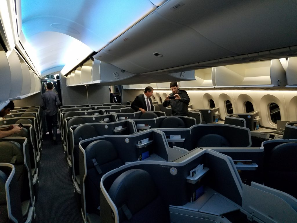 American Airlines Boeing 787-9 Dreamliner Business Class Cabin