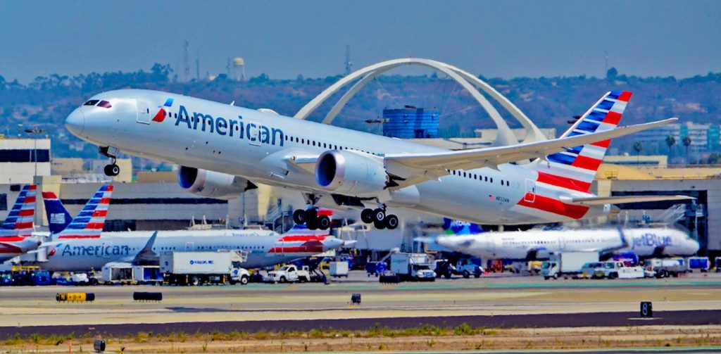 American Airlines Boeing 787-9 takes off from Los Angeles International Airport
