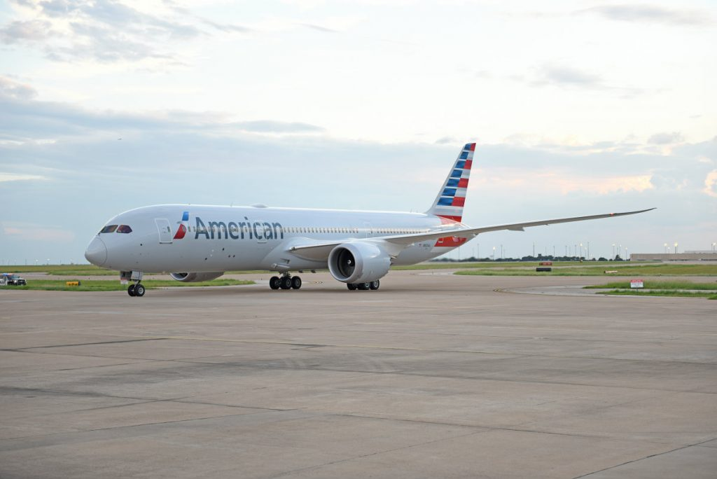 American Airlines Fleet 787-8 Dreamliner N820AL