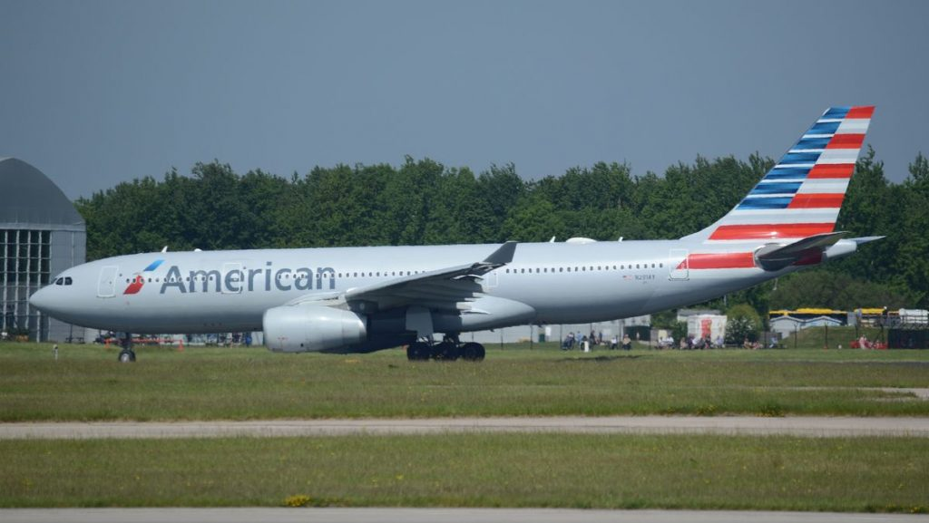 American Airlines Fleet Airbus A330-200 N291AY at Manchester Airport