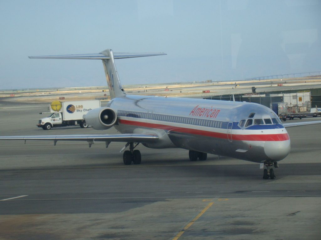 American Airlines MD-80 Photos