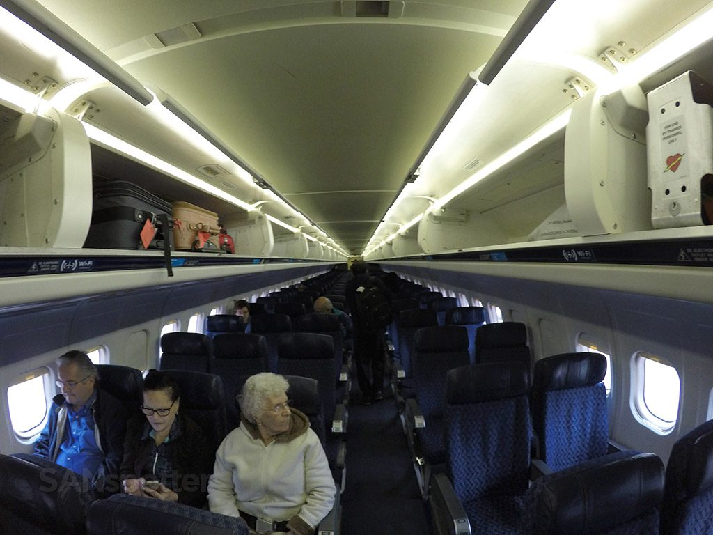 American Airlines McDonnell Douglas MD-80 (MD83) Main Cabin Extra Photos @SANspotter