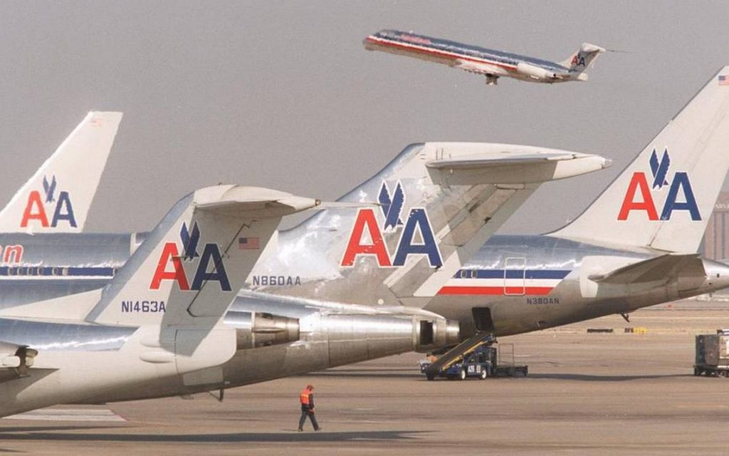 American Airlines McDonnell Douglas MD-80 Wings Tails Photos