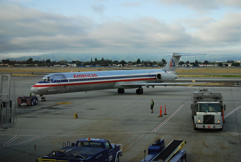 American Airlines McDonnell Douglass MD-80 at DFW
