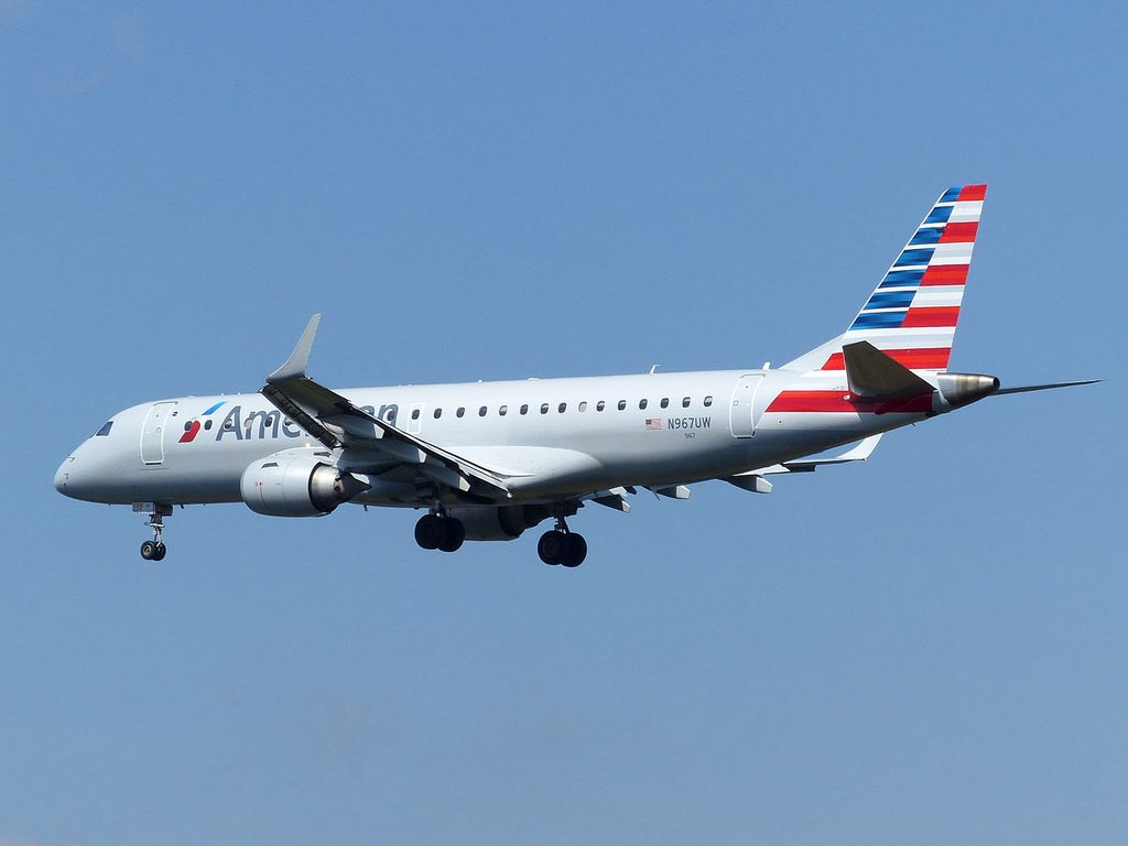 American Airlines Regional Jets Embraer E190 N967UW