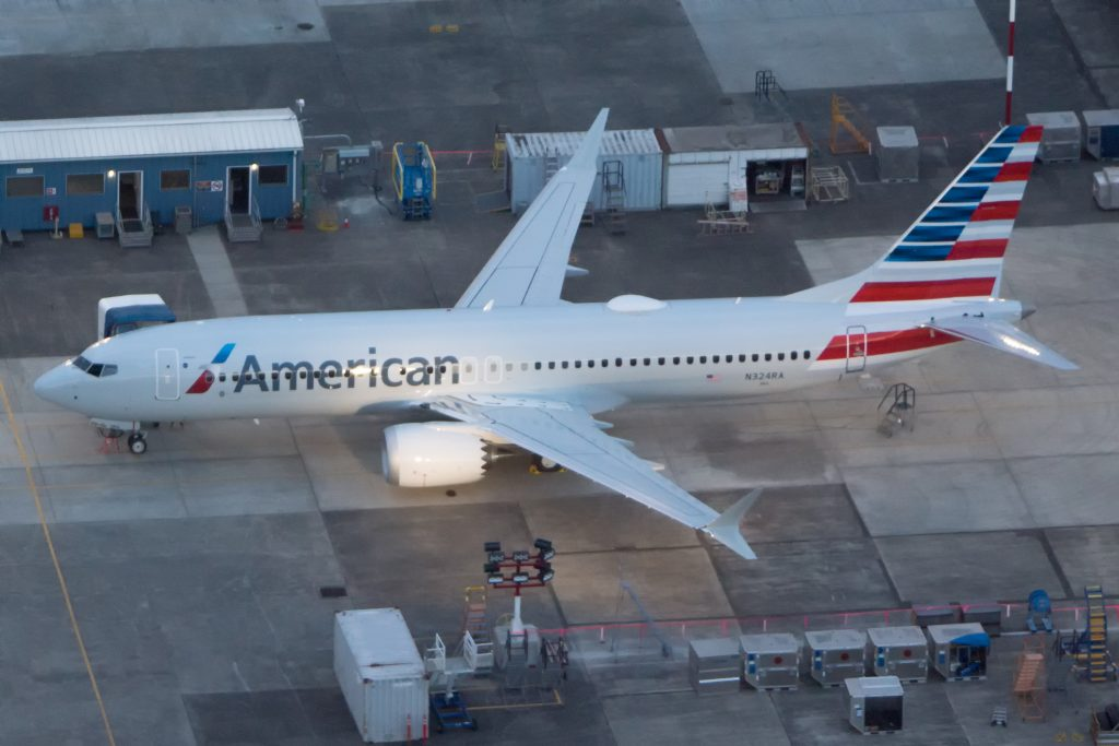 American Airlines first Boeing 737 MAX 8 in full paint scheme
