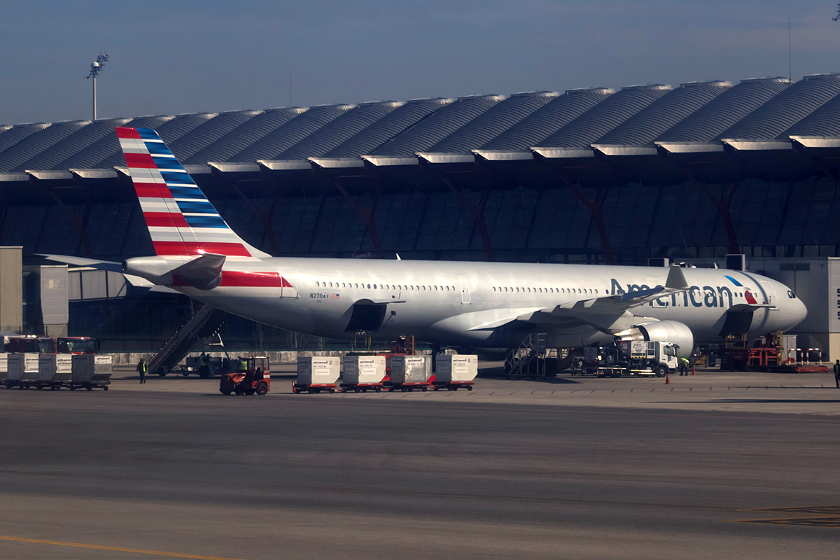 American Airlines Fleet Airbus A330-300 Details and Pictures