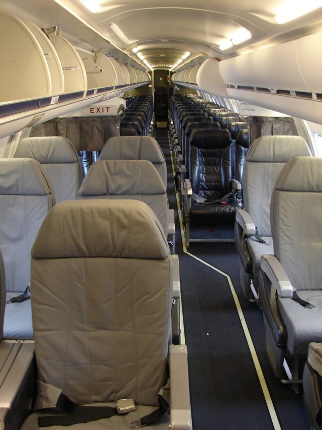 American Eagle Airlines Bombardier CRJ-700 First Class Cabin Photos