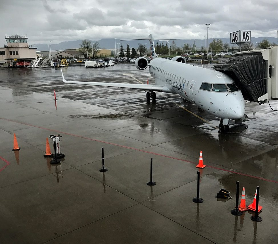 American Eagle Airlines Bombardier CRJ-700 at Eugene Airport