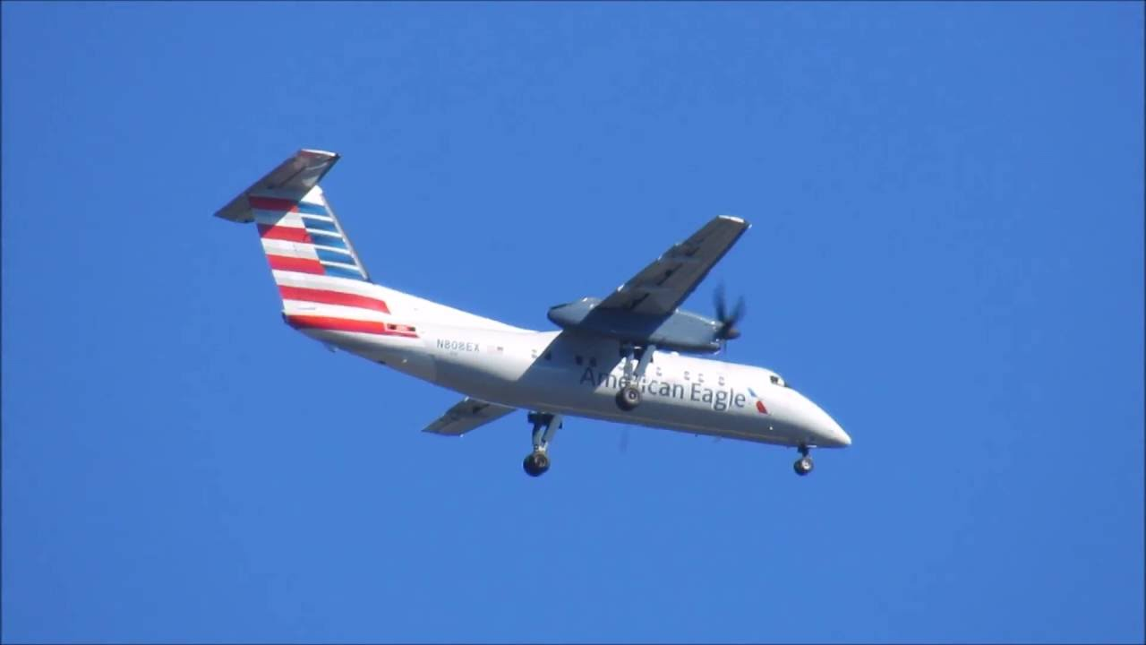 American Eagle Airlines Bombardier Dash 8 100 landing approach - Tweed-New Haven