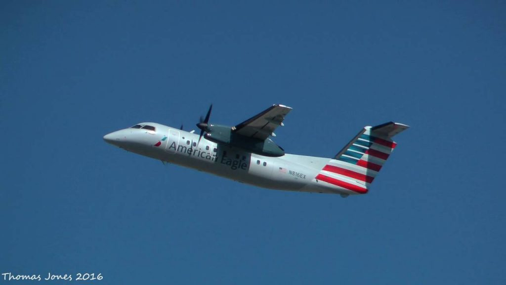 American Eagle Airlines Bombardier Dash 8-102 N816EX Philadelphia Intl Airport @Thomas Jones