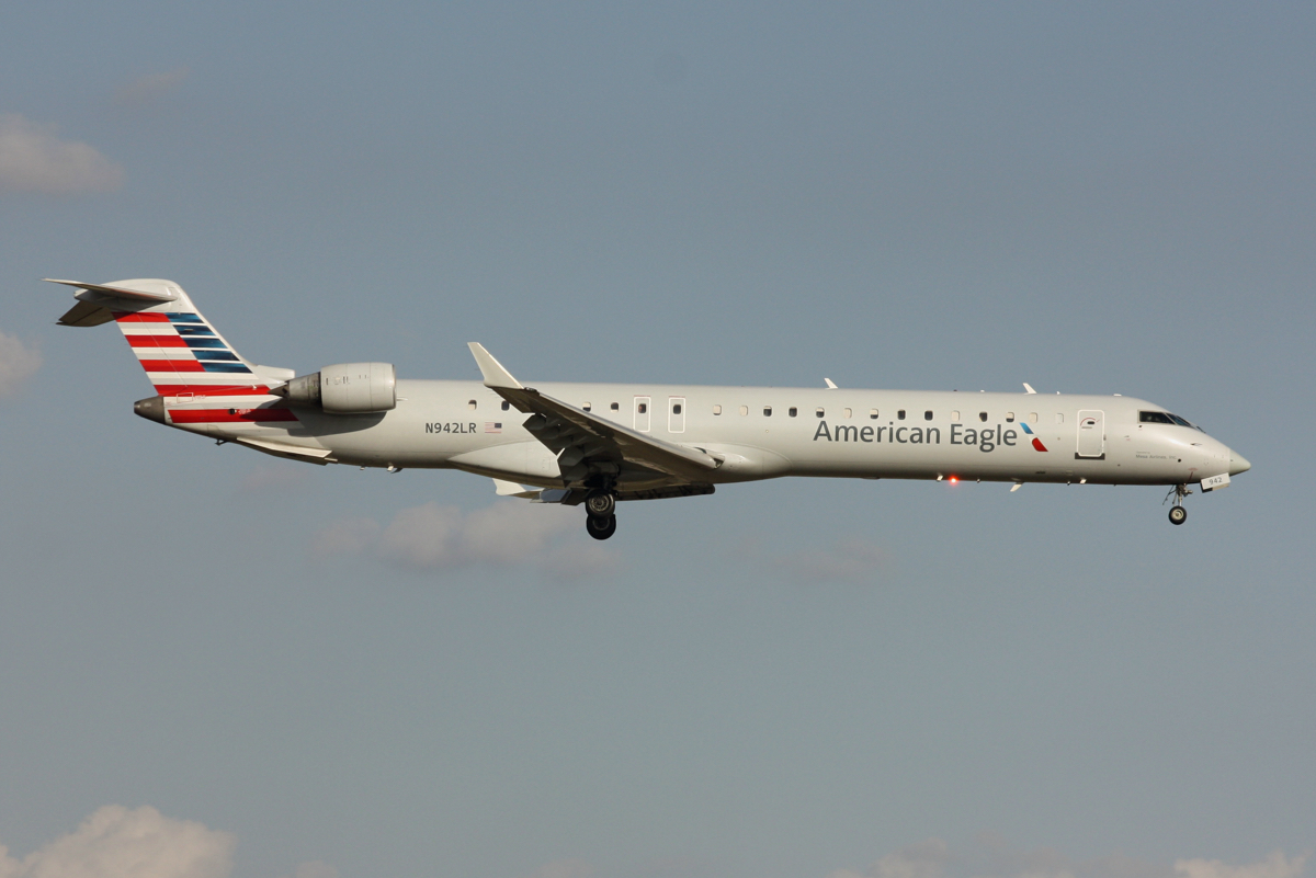 American Eagle Airlines CRJ-900 N942LR DFW Tower Photos