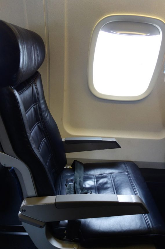 American Eagle Airlines Regional Jet Embraer ERJ-140 Main Cabin Standard Seats Photos