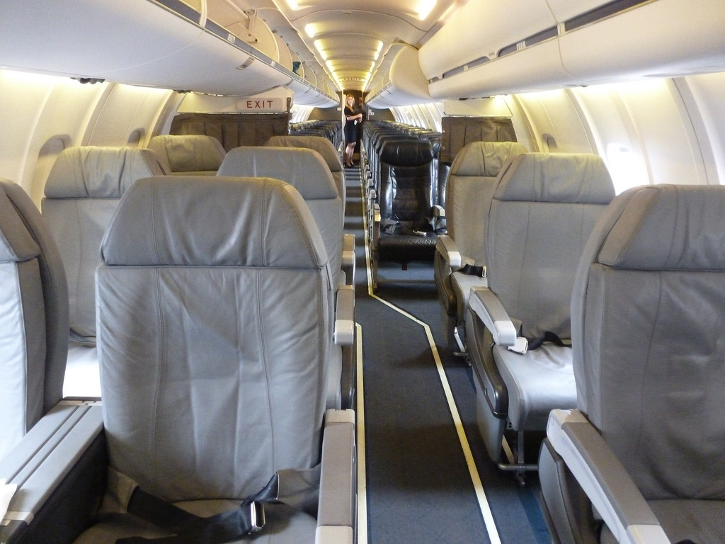 American Eagle Canadair CRJ-700 First Class Cabin Photos