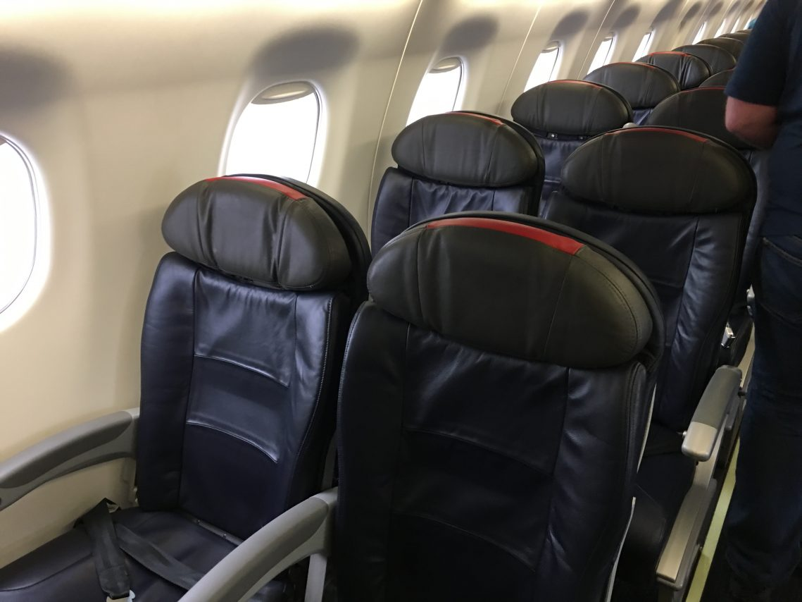 American Eagle (Compass Airlines) Embraer E175 Main Cabin Extra Seats Configuration