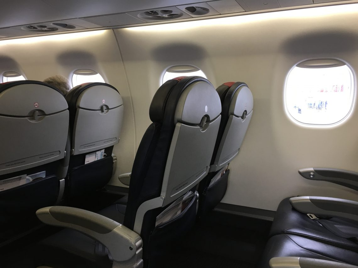 American Eagle (Compass Airlines) Embraer E175 Main Cabin Extra Standard Seats Photos