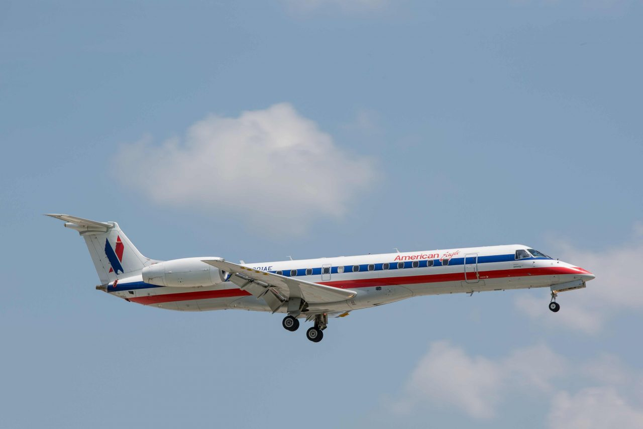 American Eagle (Envoy Air) Regional Jet Embraer ERJ-145 Photos