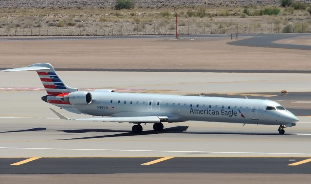 American Eagle (Mesa) Bombardier CRJ-900 [N951LR] takeoff from PHX