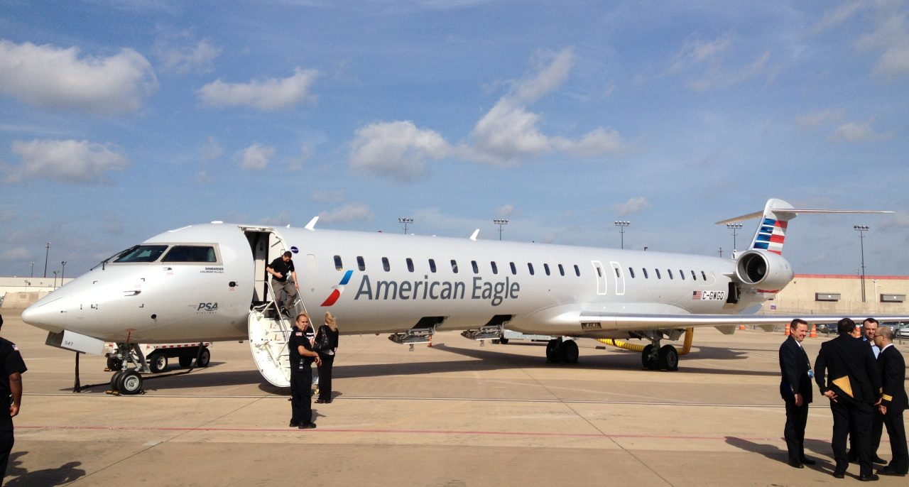 American Eagle PSA Airlines Bombardier CRJ-900 C-GWGQ Photos