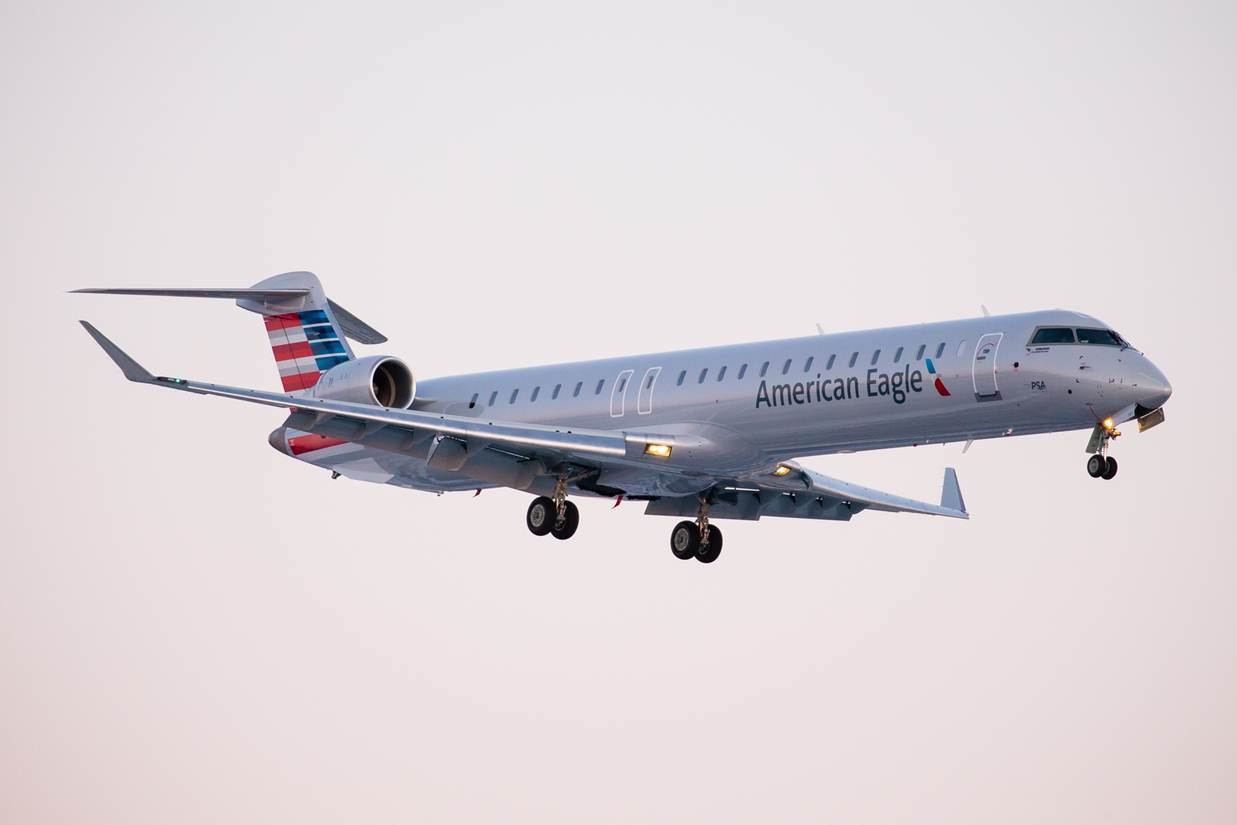 American Eagle PSA Airlines Bombardier CRJ-900 Photos