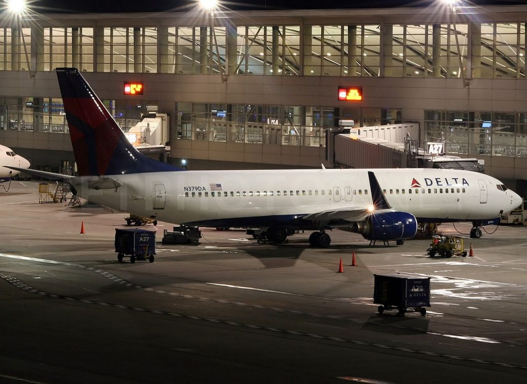 Boeing 737-800 N379DA of Delta Air Lines at Detroit Metropolitan Wayne County Airport - KDTW, USA - Michigan