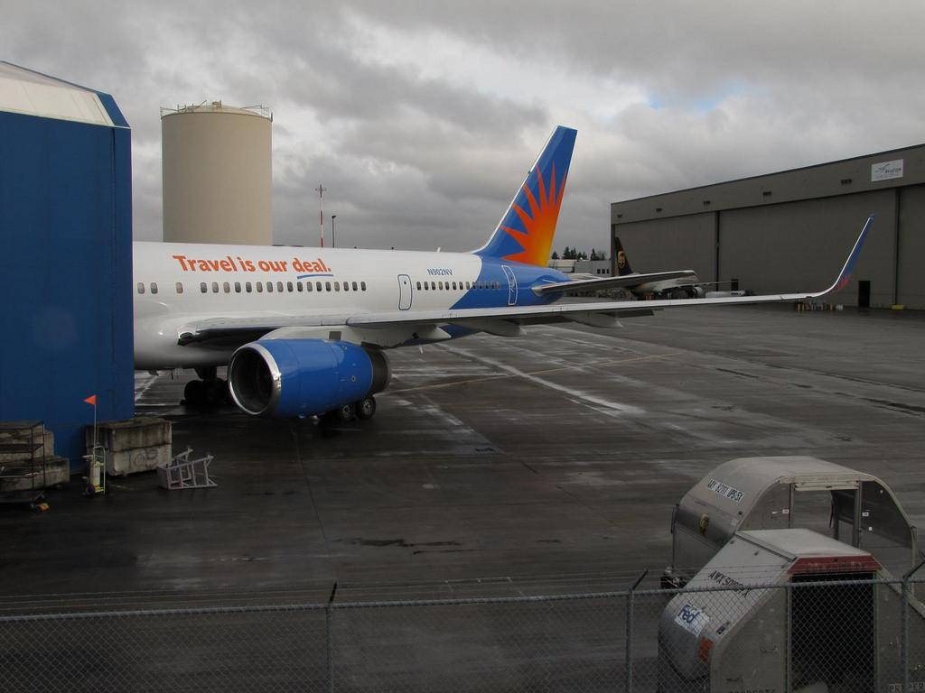 Boeing 757-204 - Allegiant Air