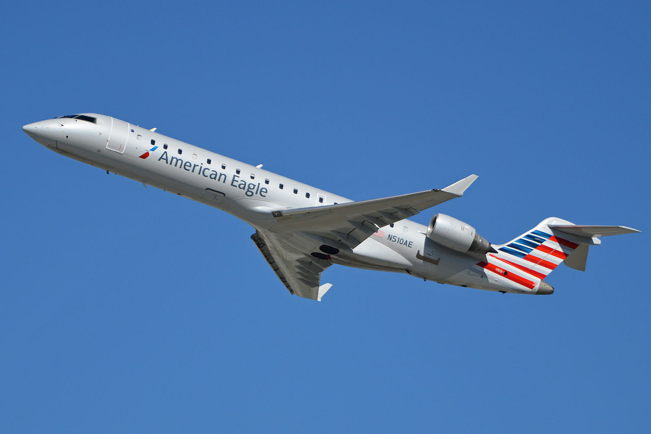 Bombardier CRJ-700 N510AE American Eagle Airlines departing LAX