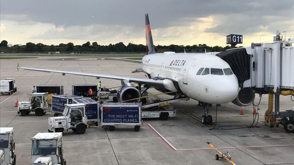 Delta Air Lines A319-100 N322NB Minneapolis to Santa Ana