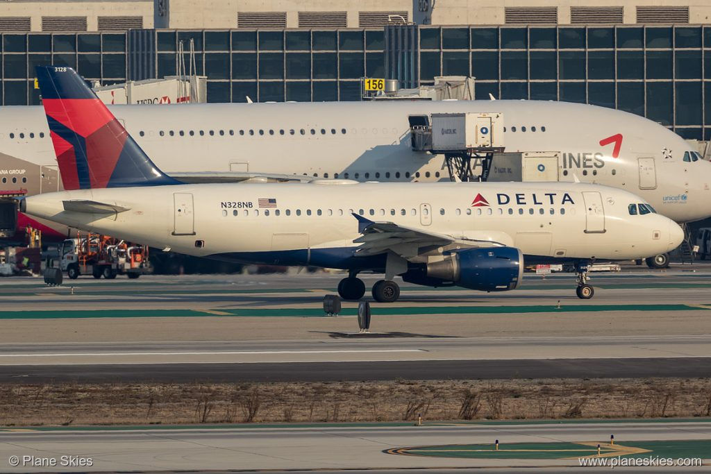 Delta Air Lines Airbus A319-100 N328NB at Los Angeles International Airport (KLAX:LAX) @Plane Skies