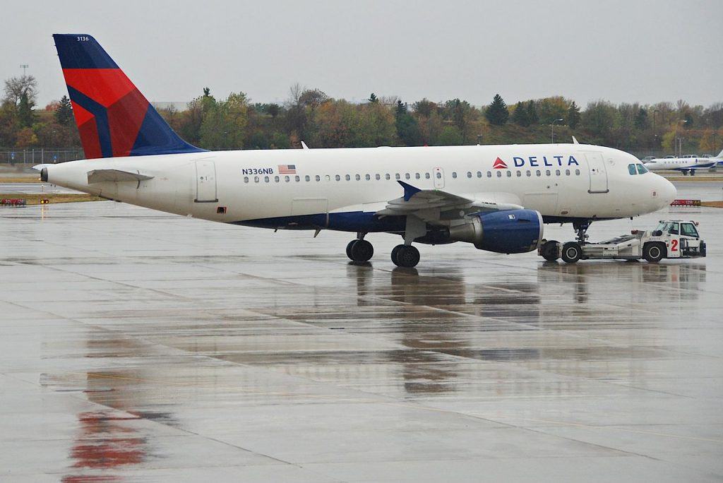 Delta Air Lines Airbus A319-114 N336NB Minneapolis–Saint Paul International Airport MSP