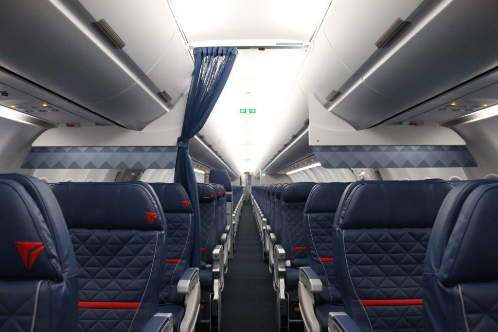 Delta Air Lines Airbus A321-200 Cabin Interior Photos