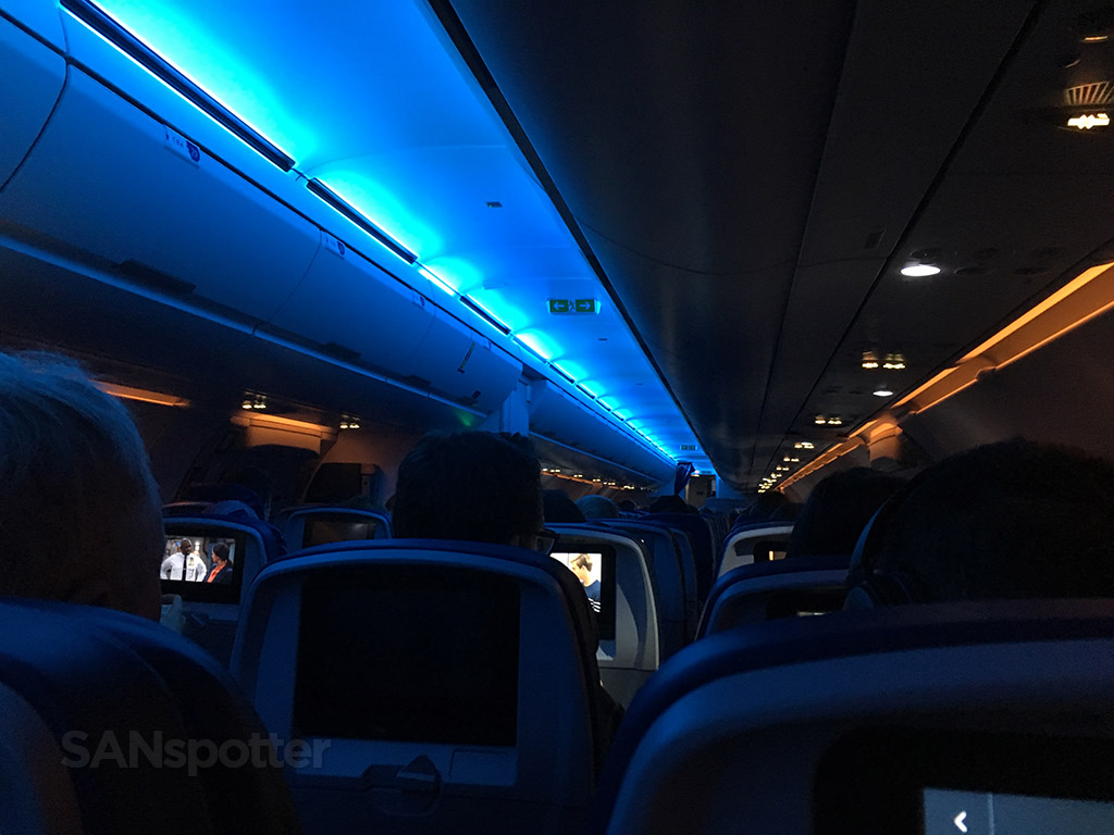 Delta Air Lines Airbus A321-200 Main Cabin Economy Class Mood Lightning photos @SANspotter
