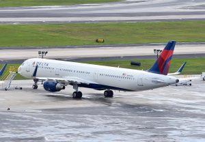 Delta Air Lines Airbus A321-200 (N307DX ) sitting on the handstandHartsfield–Jackson Atlanta International Airport