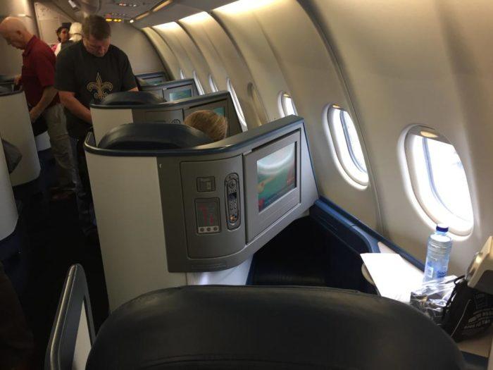 Delta Air Lines Airbus A330-300 Business class elite (Delta One) Cabin Interior Photos