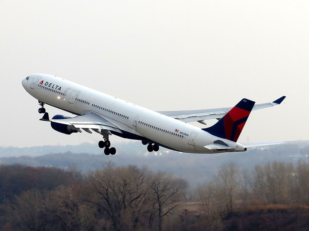 Delta Air Lines Airbus A330-300 N803NW Minneapolis-Saint Paul International Airport