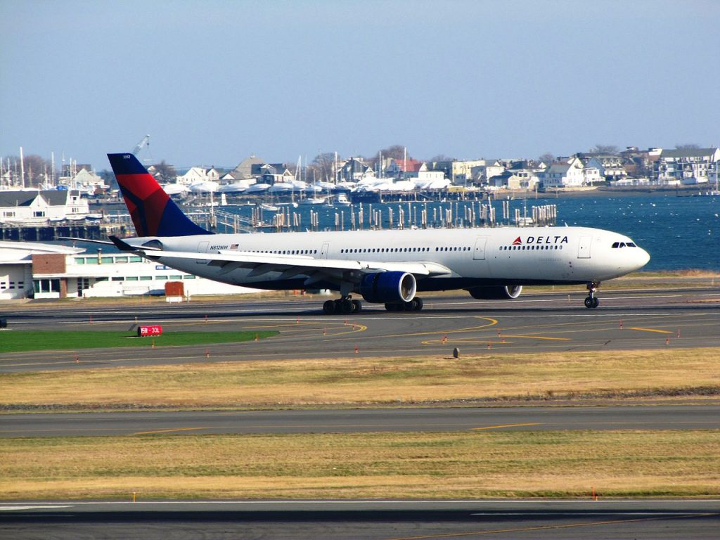 Delta Air Lines Airbus A330-300 N812NW General Edward Lawrence Logan International Airport
