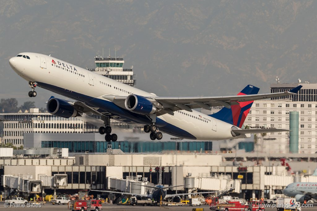 Delta Air Lines Airbus A330-300 N827NW at Los Angeles International Airport (KLAX:LAX) @PlaneSkies
