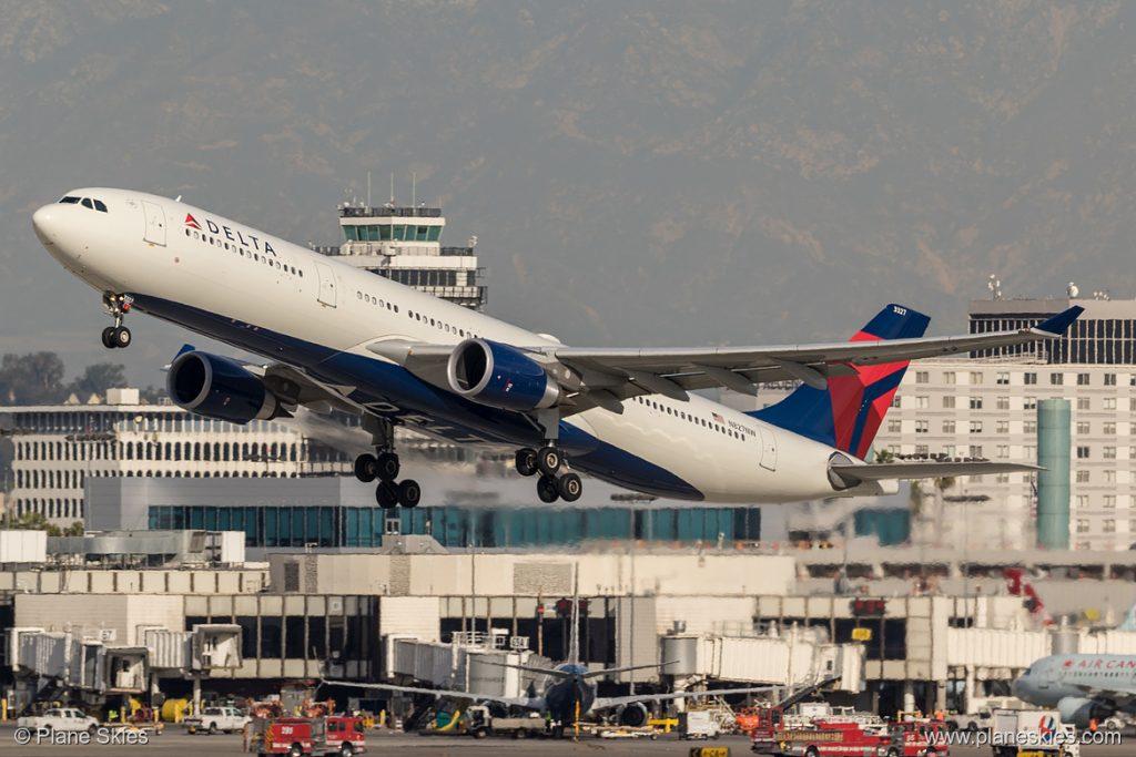 Delta Air Lines Airbus A330-300 N827NW at Los Angeles International Airport (KLAX:LAX) @PlaneSkies