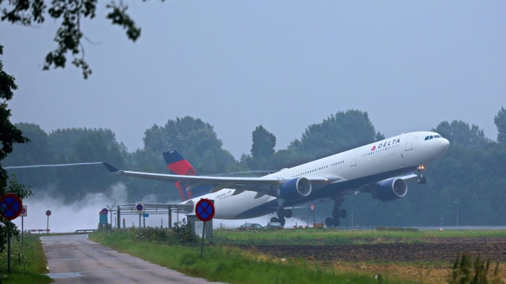 Delta Air Lines Airbus A330-300 N831NW Soaked runways takeoff & landings