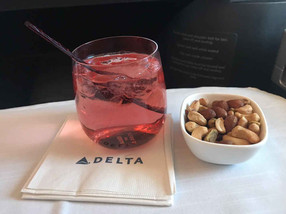 Delta Air Lines Airbus A350-900 Business Class (Delta One) Inflight Drinks and Snacks