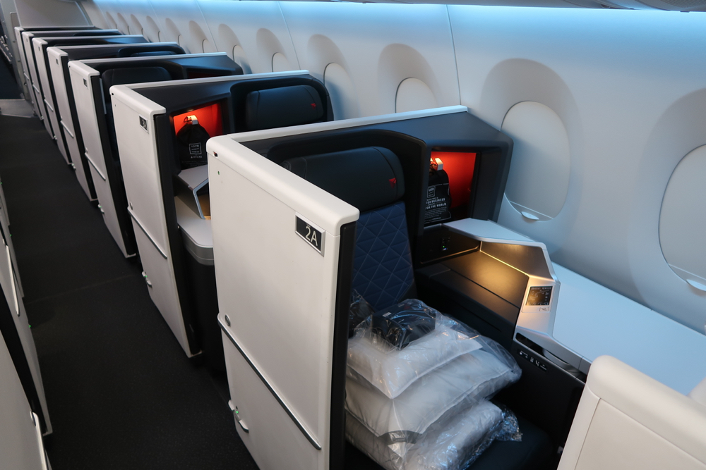 Delta Air Lines Airbus A350-900 Business Elite Class (Delta One) Privacy Flat Bed Seats Photos