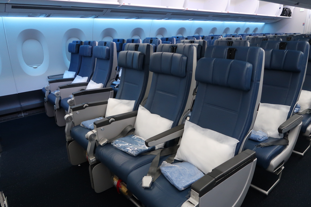Delta Air Lines Airbus A350-900 Cabin Standard Economy Class Seats Configuration photos