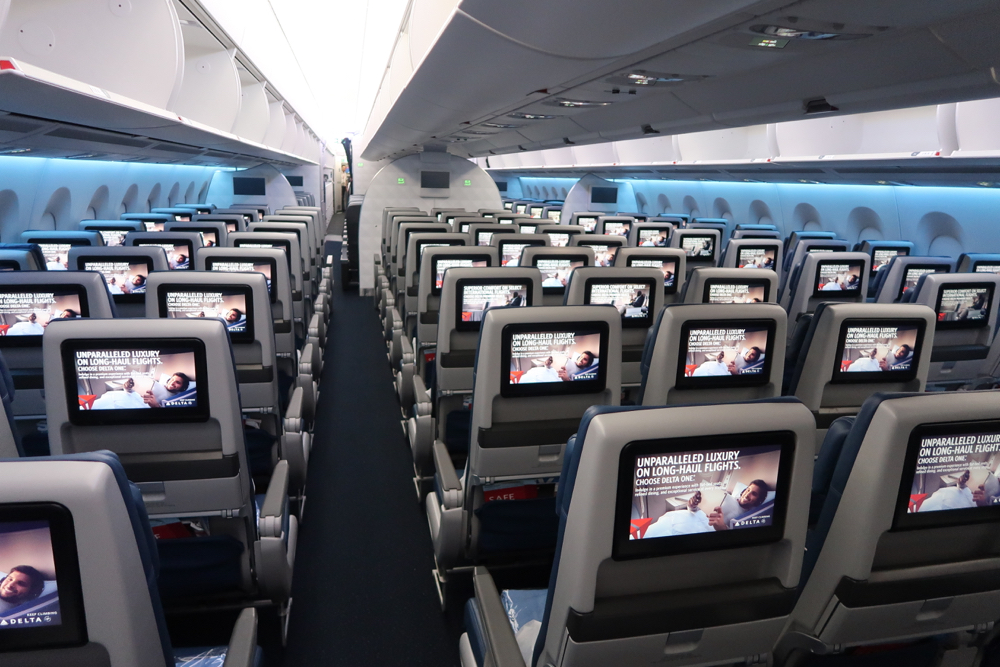 Delta Air Lines Airbus A350-900 Main Cabin Economy Class 3-3-3 Seats Layout Configuration photos