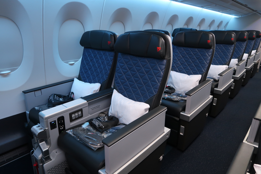 Delta Air Lines Airbus A350-900 Premium Select Standard Seats Layout photos