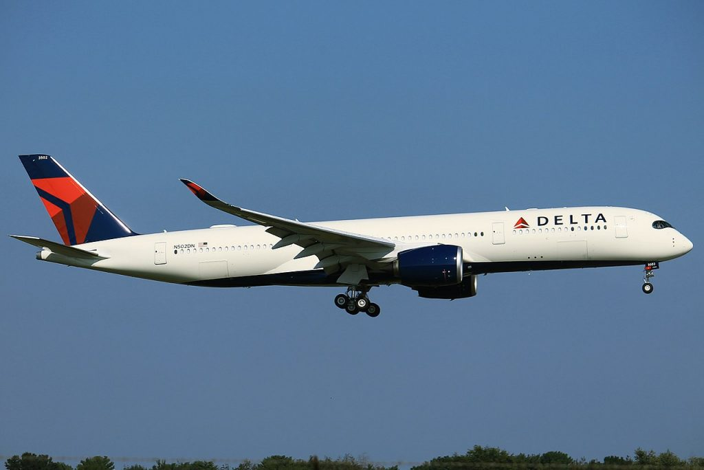 Delta Air Lines - Airbus A350-941 - N502DN - Huntsville International Airport HSV