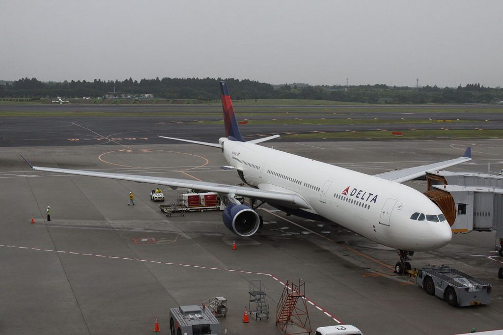 Delta Air Lines Aircraft Airbus A330-300 (N807NW) Narita International Airport