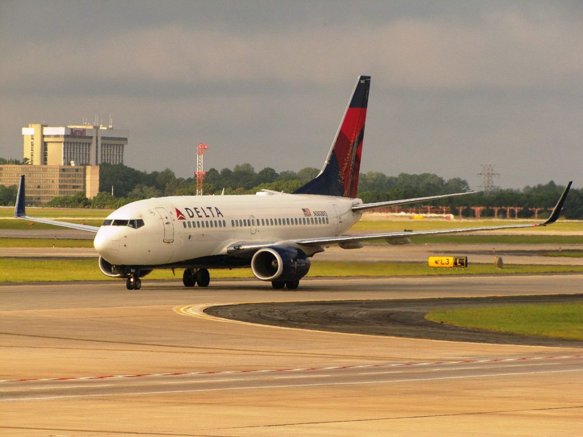 Delta Air Lines Boeing 737-732 N302DQ cn:serial number- 29648:2683 Hartsfield-Jackson Atlanta International Airport