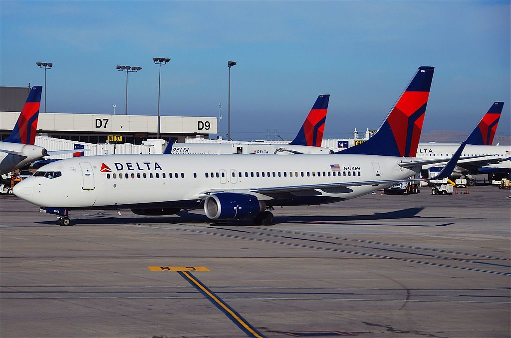Delta Air Lines Boeing 737-800; N3746H @SLC Salt Lake City International Airport